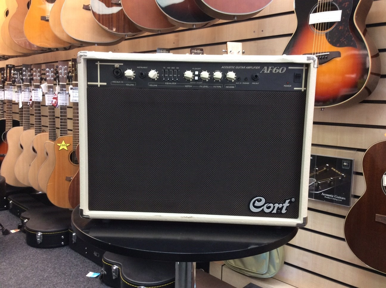Ex Demo Cort Af60 60w Acoustic Guitar Amplifier Good Condition